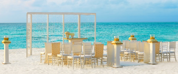 Beach Wedding Set-up - Pearl Shimmer